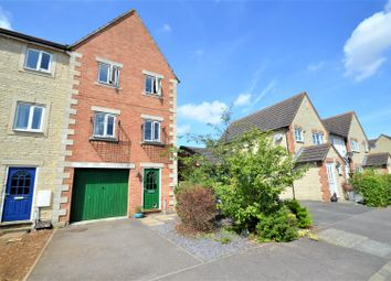 Thumbnail 3 bed town house for sale in Campion Place, Bicester
