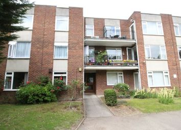 1 bed flat to rent in Holmbury Manor, The Green, Sidcup DA14