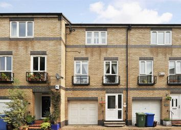 4 bed property to rent in Cookham Crescent, London SE16