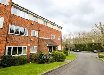 Thumbnail 1 bedroom flat for sale in Chingford Avenue, London