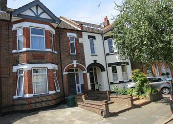 Thumbnail Room to rent in Kingsfield Road, Watford, Hertfordshire