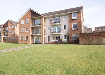 Thumbnail 3 bed flat to rent in Robin Way, Tilehurst, Reading, Berkshire