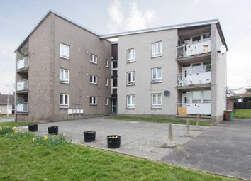 Thumbnail 2 bed flat for sale in Forth View, Kincardine, Fife