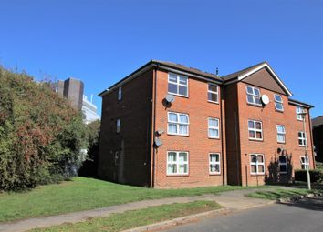 Thumbnail 2 bed flat to rent in Broadwater Crescent, Welwyn Garden City, Hertfordshire