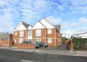 Thumbnail 2 bed flat to rent in Henderson Road, Southsea, Hampshire