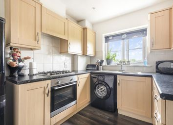 Doctors Acre, Hook RG27. 1 bed flat