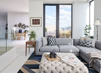 Television Centre, Wood Lane, London W12. 2 bed flat