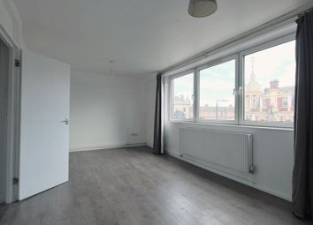 3 bed maisonette to rent in Station Rd, London E12