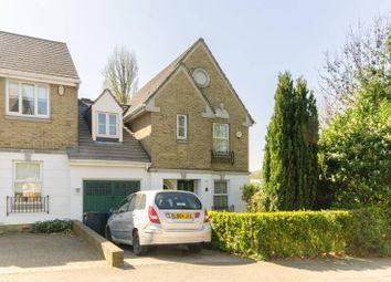 3 bed property for sale in Halton Close, Friern Barnet N11