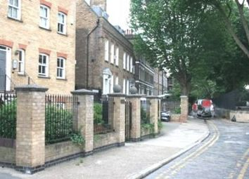 Thumbnail 3 bed flat to rent in Hayfield Passage, Stepney Green