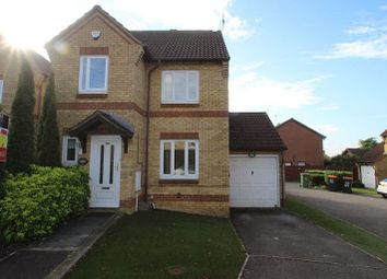 Thumbnail 3 bedroom detached house to rent in The Belfry, Luton
