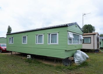 Thumbnail 2 bedroom mobile/park home for sale in Billing Aquadrome, Northampton