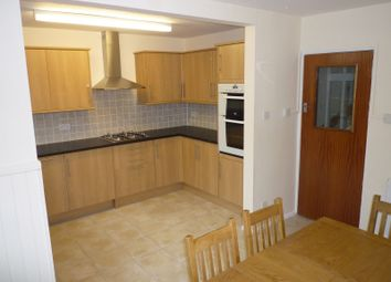 Thumbnail 6 bed end terrace house to rent in Wood Vale, Hatfield