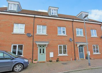 Thumbnail 4 bed town house for sale in Sheepwash Way, Longstanton, Cambridge