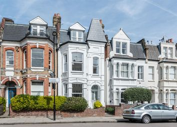 Thumbnail 6 bed terraced house for sale in Clissold Crescent, London