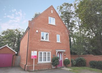 Thumbnail 4 bed detached house to rent in Kensington Way, Brentwood