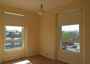 Thumbnail 5 bed flat to rent in Croydon Road, London