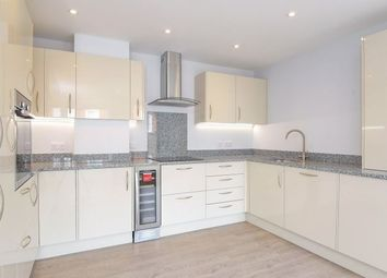 Thumbnail 3 bed flat to rent in Southgate Street, Winchester