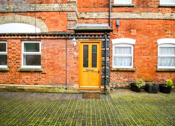 Thumbnail 2 bed cottage for sale in Pinecrest Mews, Leighton Buzzard