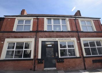 1 bed flat to rent in Mossley Road, Ashton-Under-Lyne OL6
