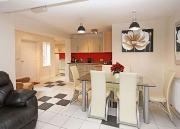Thumbnail 1 bed flat to rent in Double Room & Ensuite Main Road, Ketley Bank Village, Telford