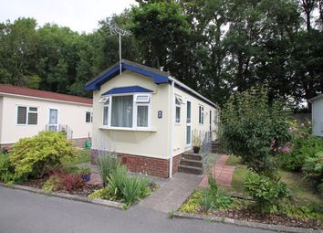 Thumbnail 2 bedroom mobile/park home for sale in Waterfall Mews, Ham Manor Park, Llantwit Major