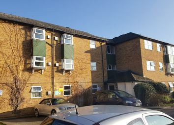 Thumbnail 1 bed flat to rent in Emmview Close, Wokingham, Berkshire