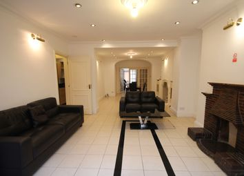 Thumbnail 3 bed flat to rent in Holland Road, London