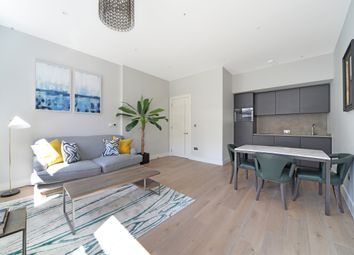 Thumbnail 1 bed flat to rent in Southampton Street, London