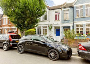 Thumbnail 3 bed flat to rent in Ellerton Road, Tolworth, Surbiton