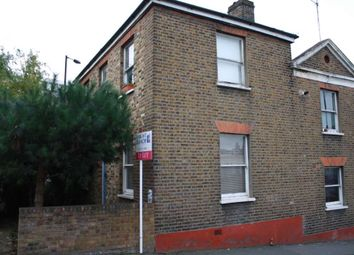 Thumbnail 2 bed flat to rent in Brookfield Road, London