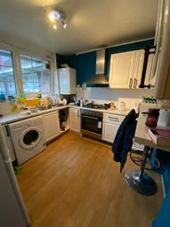 Thumbnail 4 bed flat to rent in Bromley High Street, London
