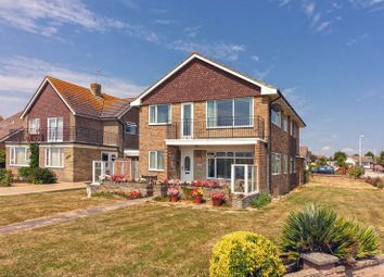 Thumbnail 3 bed flat to rent in Banstead Close, Goring-By-Sea, Worthing