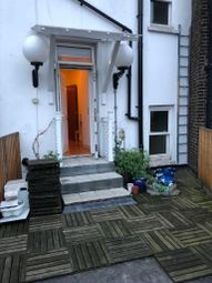 Thumbnail 1 bed flat to rent in King's Cross Road, London
