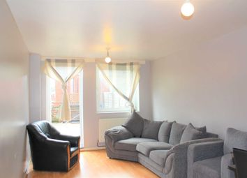 Thumbnail 3 bedroom flat to rent in Evering Road, London