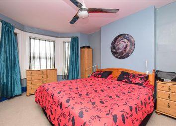 Thumbnail 6 bed terraced house for sale in Bradstone Avenue, Folkestone, Kent