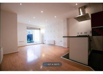Thumbnail 2 bed flat to rent in Gale Street, London