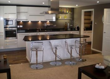 Thumbnail 2 bed flat to rent in Fountainhall Road, Aberdeen