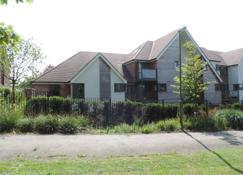 Thumbnail 2 bedroom flat for sale in Mandeville Court, Darkes Lane, Potters Bar