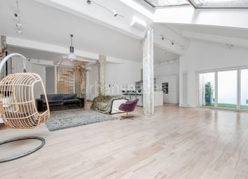 Thumbnail 4 bed flat to rent in New Inn Street, London