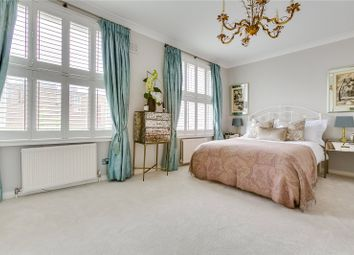 2 bed maisonette for sale in St Marks Place, London W11