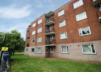 Thumbnail 3 bed flat for sale in Francis House, Islington, Greater London