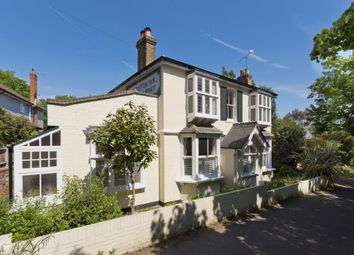 Thumbnail 4 bed detached house to rent in Knipp Hill, Cobham