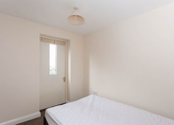 Thumbnail 1 bed flat to rent in Forest Road, Headington, Oxford