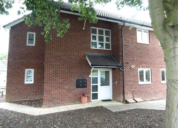 Thumbnail Flat to rent in Roberts Road, Barton Stacey, Winchester