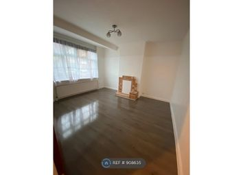 Headley Drive, Ilford IG2. 3 bed terraced house