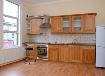 Thumbnail 2 bed flat to rent in Devonshire Road, Chiswick