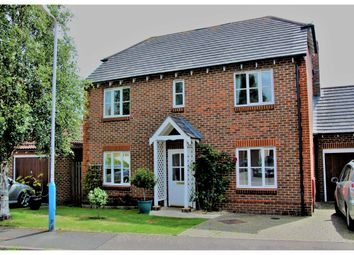 Thumbnail 4 bed detached house to rent in Brook Lane, Tonbridge