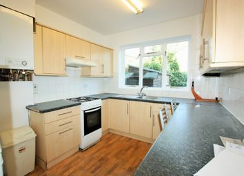 Thumbnail Room to rent in Renters Avenue, Hendon