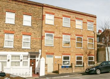 Thumbnail Flat to rent in Whateley Road, East Dulwich, London